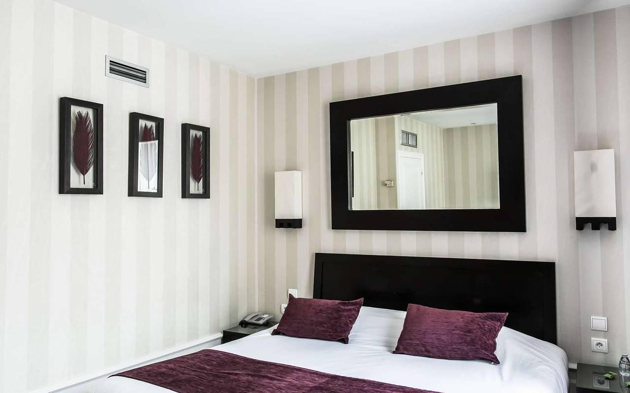 Chambre paisible hébergement Dijon pour couple